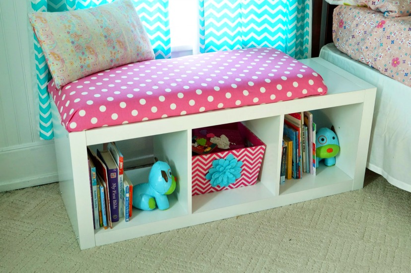 Bathroom storage bench