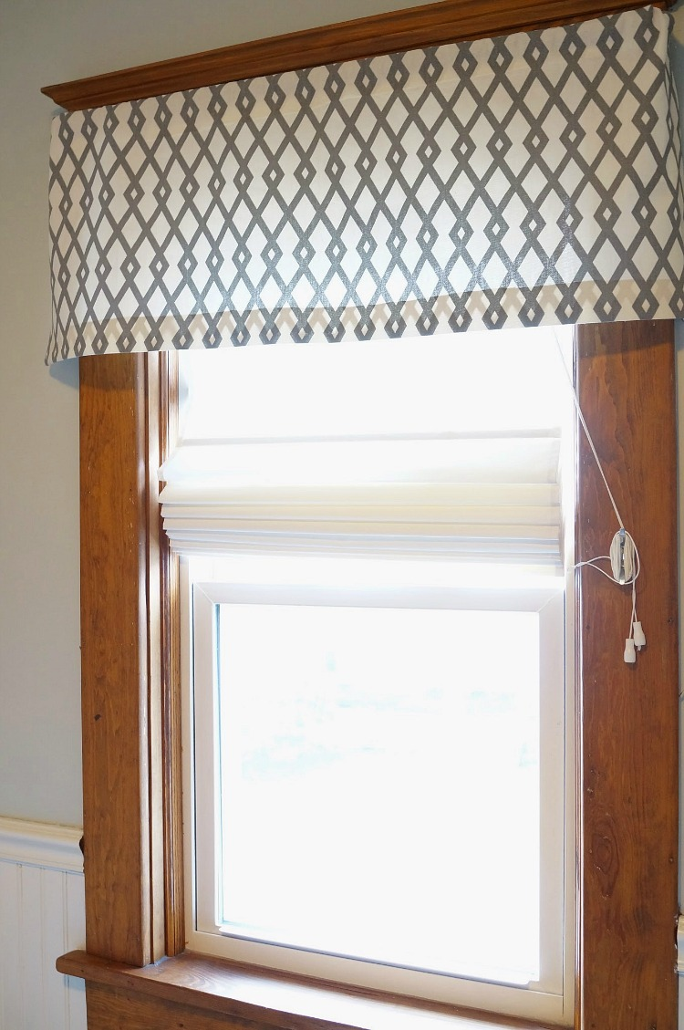 DIY No Sew Window Valance