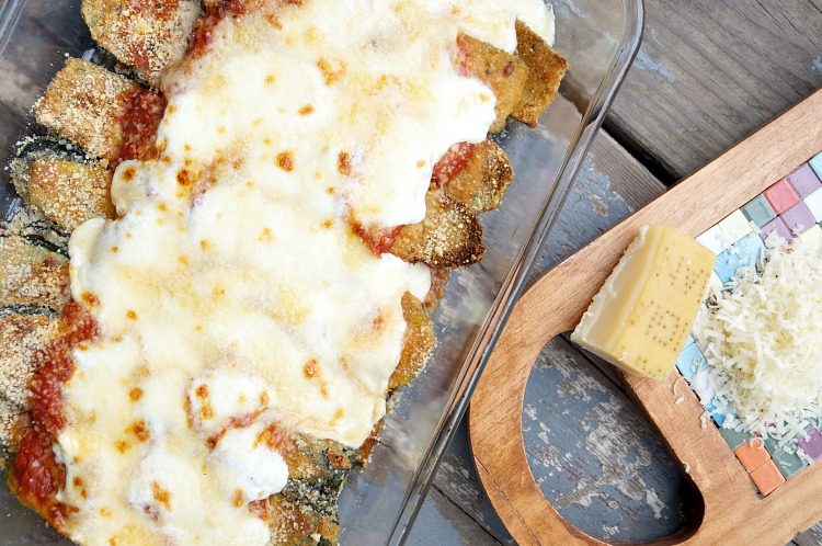 Zucchini Parmesan, a great meatless meal that is easy and delicious!