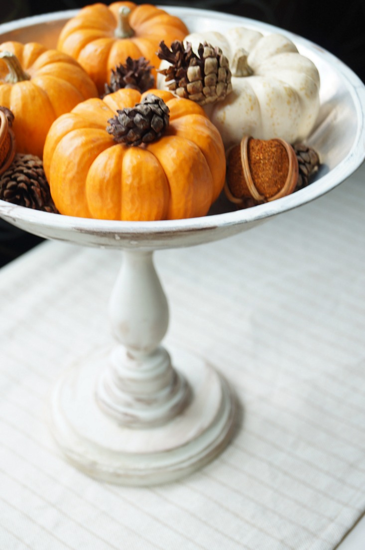 Easy DIY Thanksgiving Centerpiece