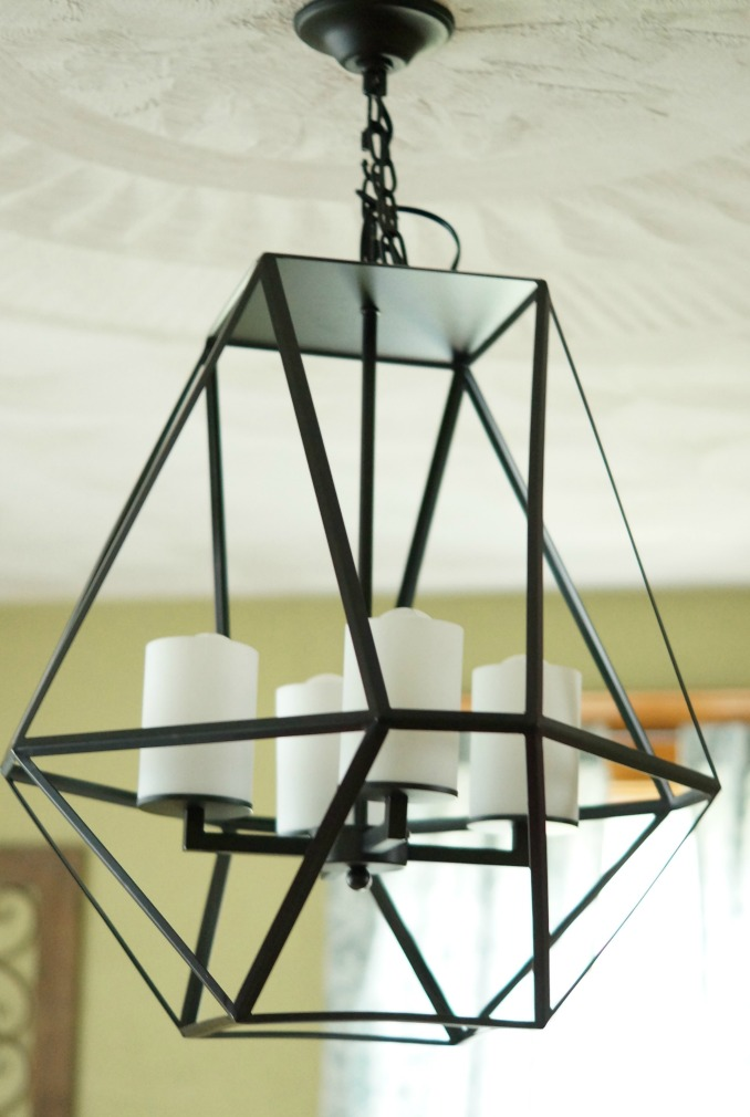 Geometric Light from Parrot Uncle