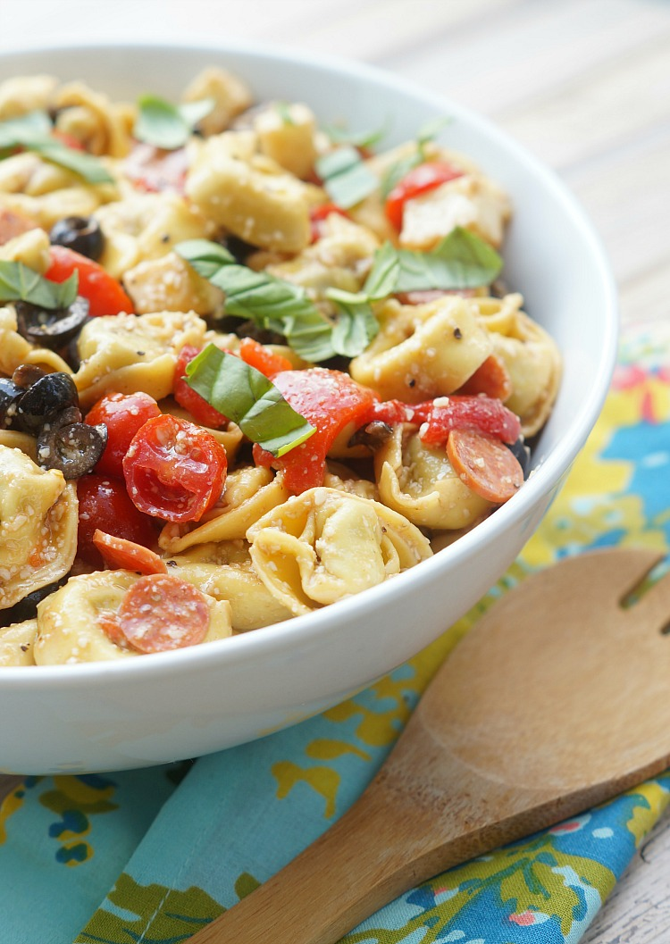 Roasted Red Pepper and Parmesan Tortellini Salad