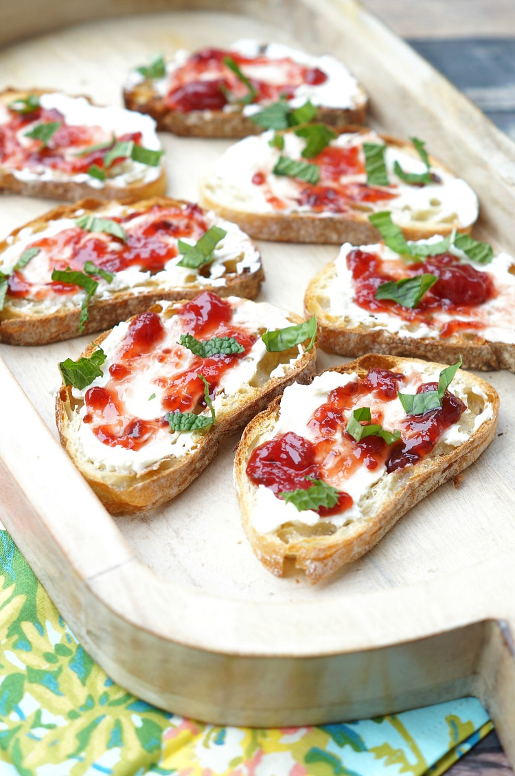 Grilled Strawberry and Jalapeno Crostini