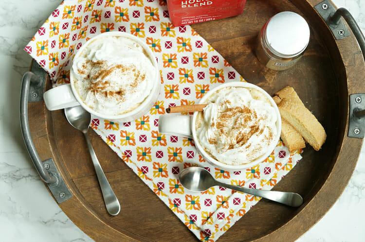 Slow Cooke White Chocolate Cinnamon Lattes