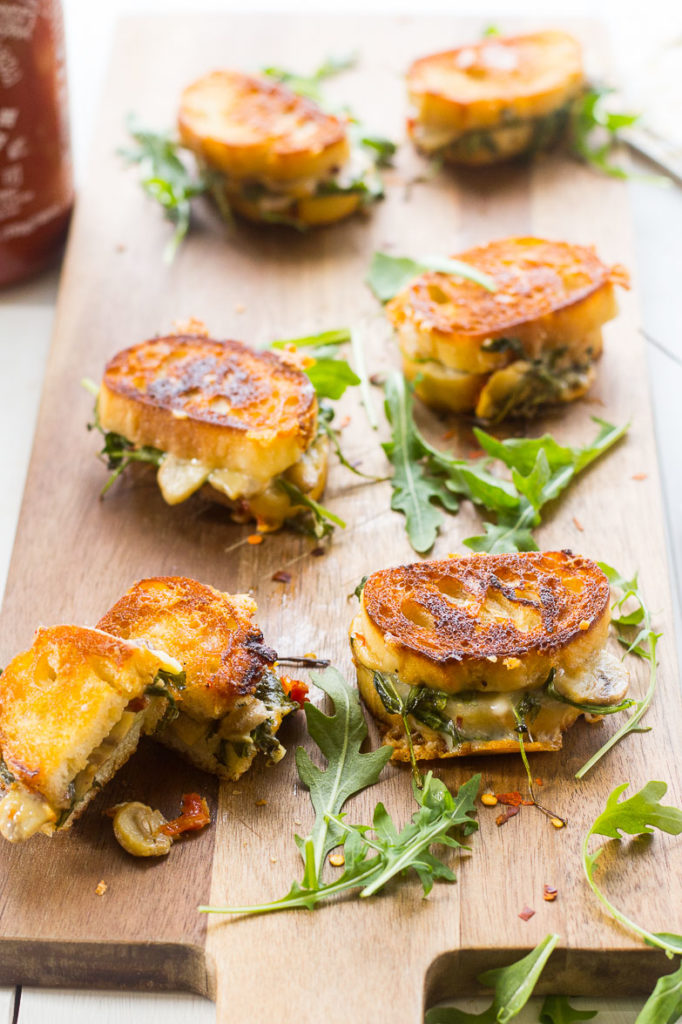 Mini-Grilled-Cheese-Sandwich-Appetizers-7