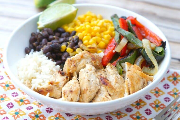 Healthy Chicken Fajita Bowls