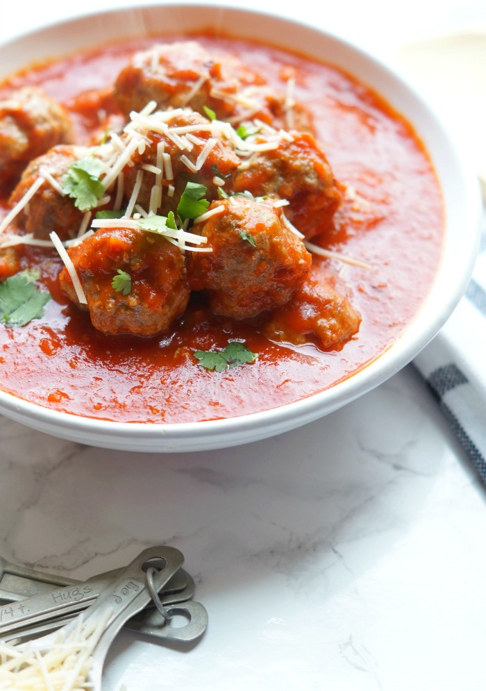 Quick and Easy Meatballs! The Best Classic Italian Meatballs!