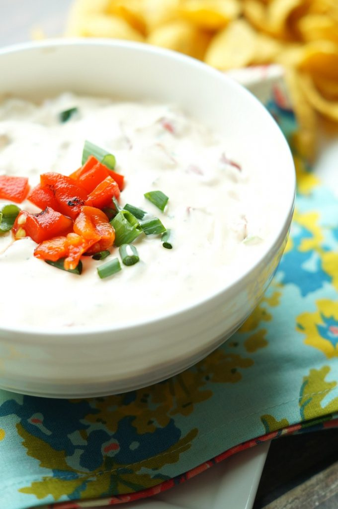 Spicy Roasted Red Pepper Ranch Dip