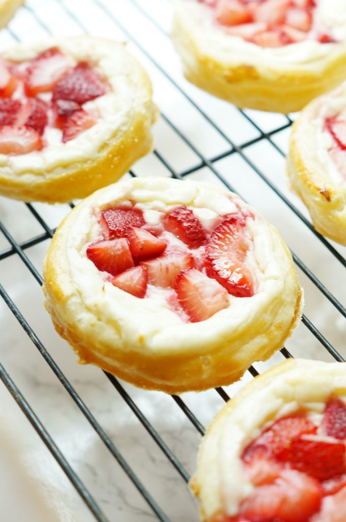 Strawberry and Cream Cheese Breakfast Pastry