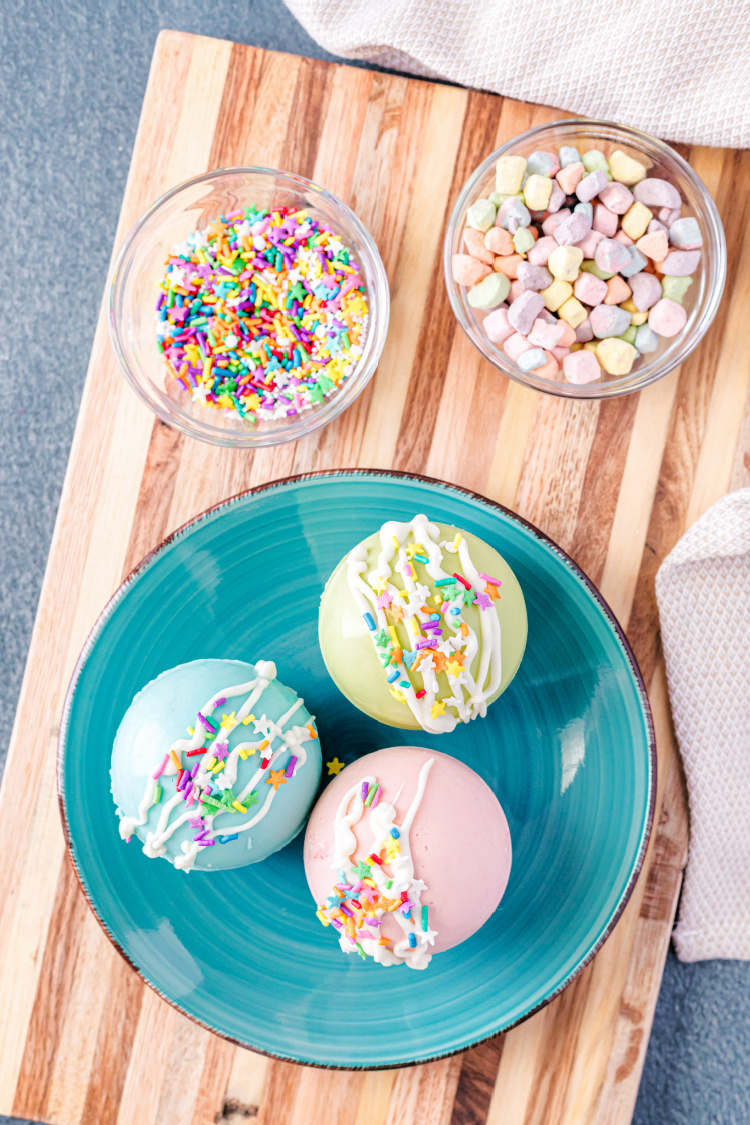 Spring Hot Cocoa Bombs
