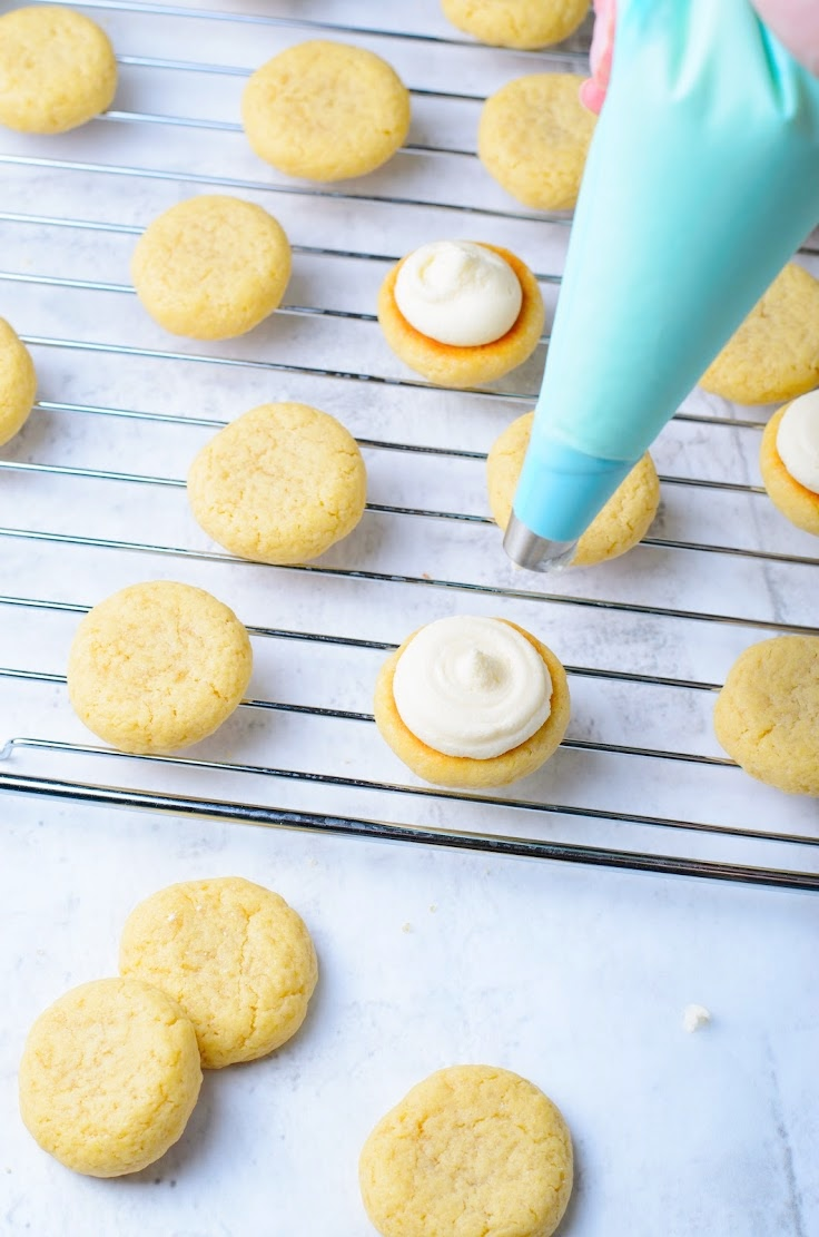 How to make vanilla sandwich cookies