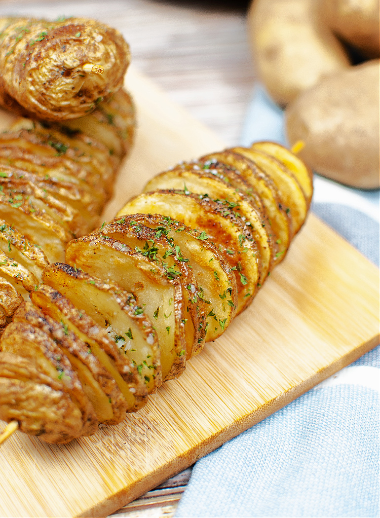 Easy Twisted Air Fryer Potatoes